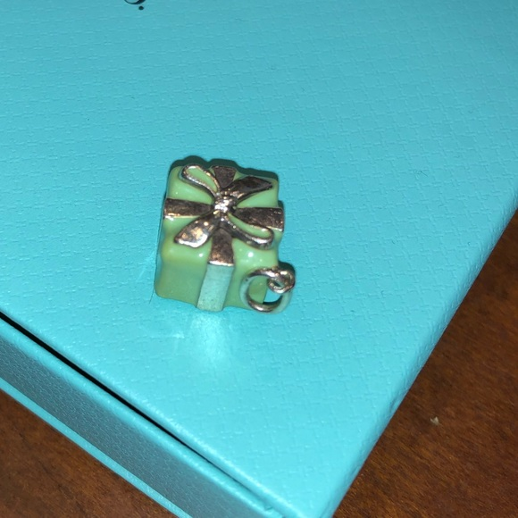 441cc73bc70fd Authentic Tiffany gift box charm in Tiffany blue